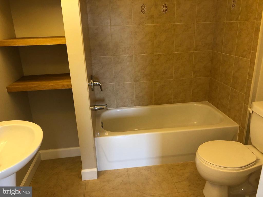 Basement Bathroom - 14042 BLUE VIEW CT, LEESBURG