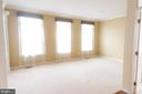 Living Room - 1689 WINTERWOOD CT, HERNDON