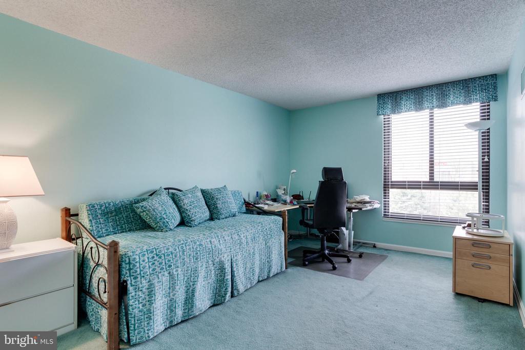 Bedroom 2 - 1800 OLD MEADOW RD #1106, MCLEAN