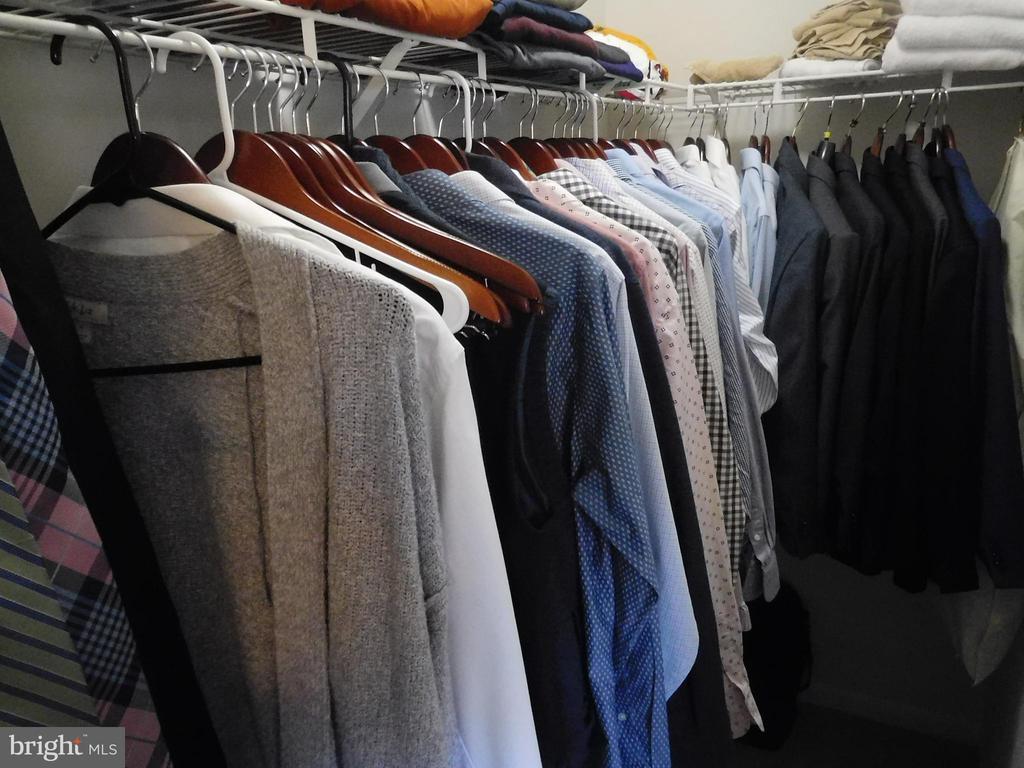 Walk-in Closet - 2020 TREMONT ST SE, WASHINGTON