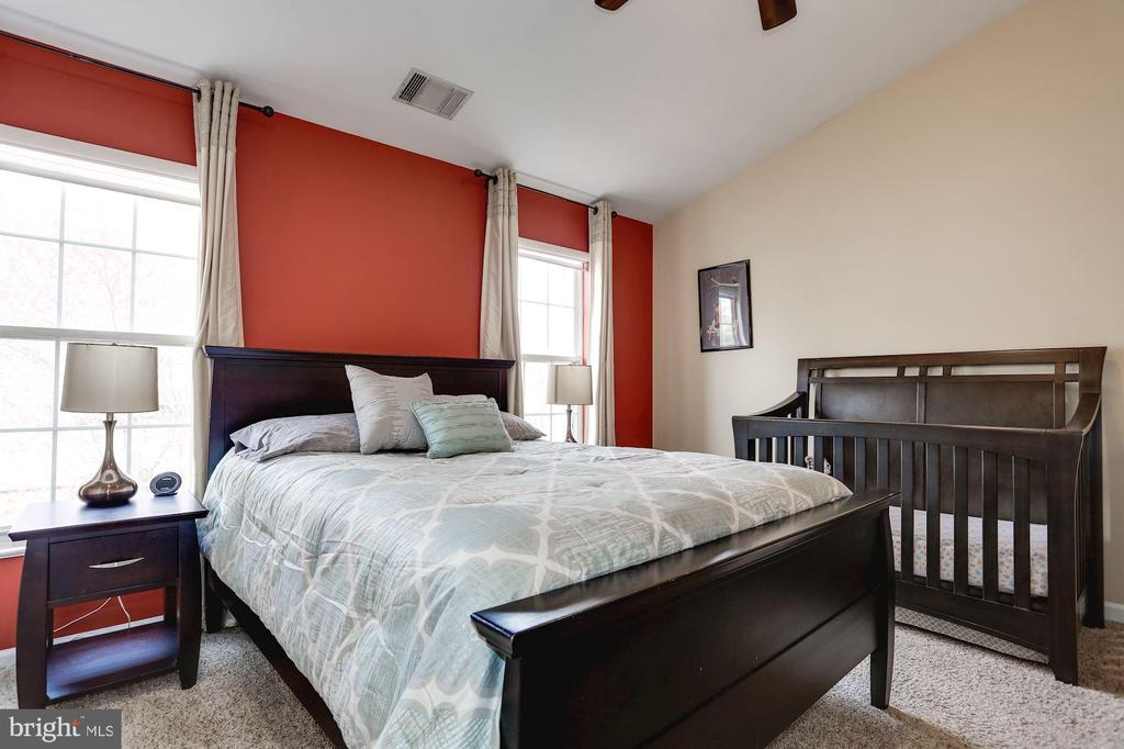 Owner's suite - 8110 MADRILLON SPRINGS LN, VIENNA