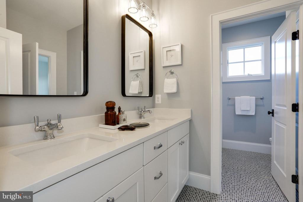 double vanity in shared bathroom, penny tile floor - 5010 25TH RD N, ARLINGTON