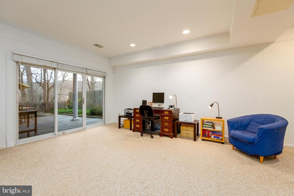 Lower level French doors to patio - 4311 TORCHLIGHT CIR, BETHESDA