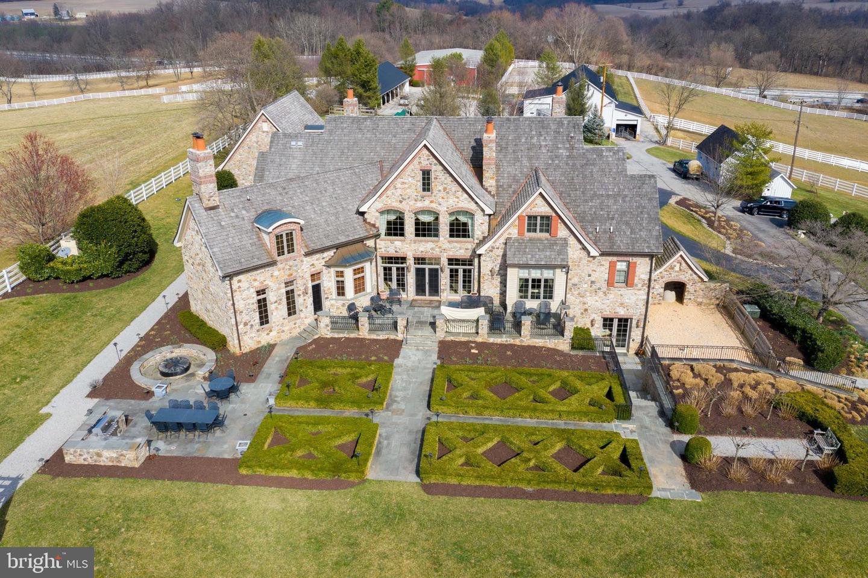 Single Family Homes για την Πώληση στο New Freedom, Πενσιλβανια 17349 Ηνωμένες Πολιτείες