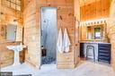 Main House Master Bathroom - 40325 CHARLES TOWN PIKE, HAMILTON