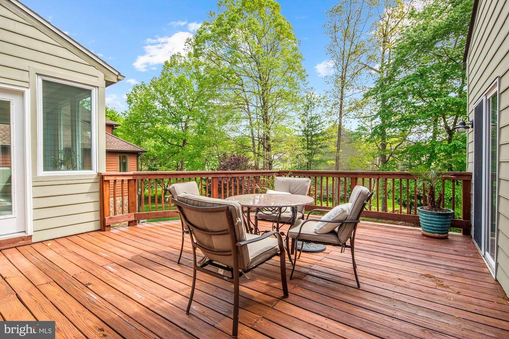 Deck - 6108 SHADED LEAF CT, COLUMBIA