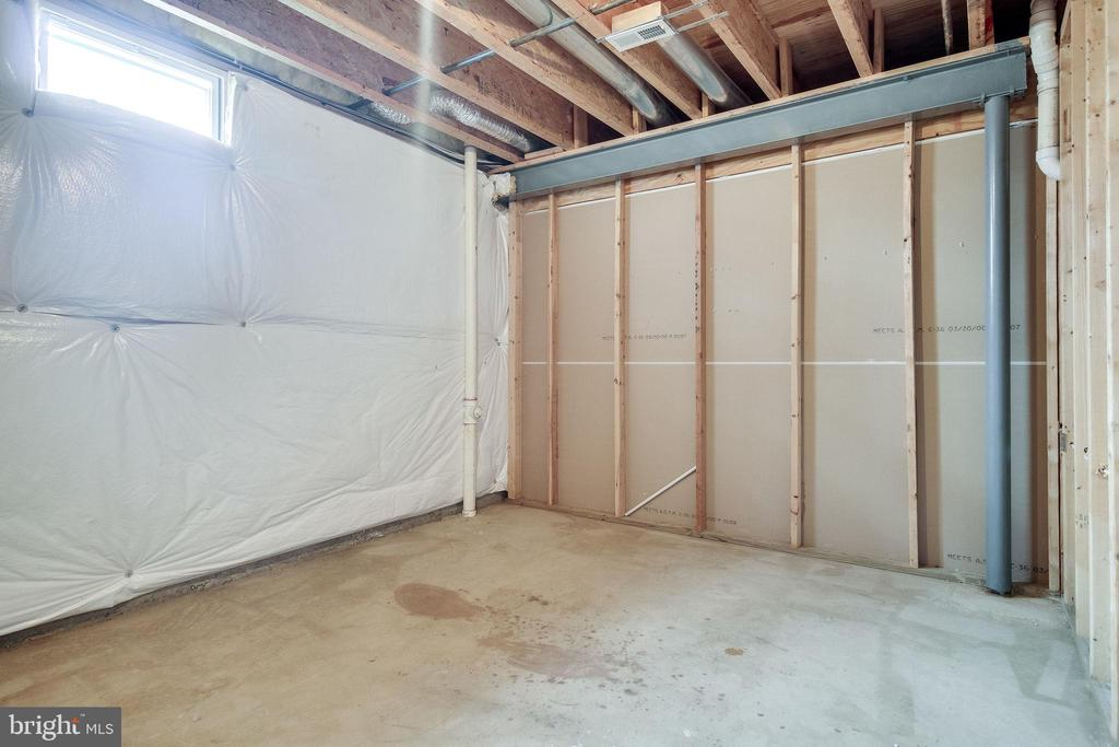 storage space in basement - 13451 GRAY VALLEY CT, CENTREVILLE