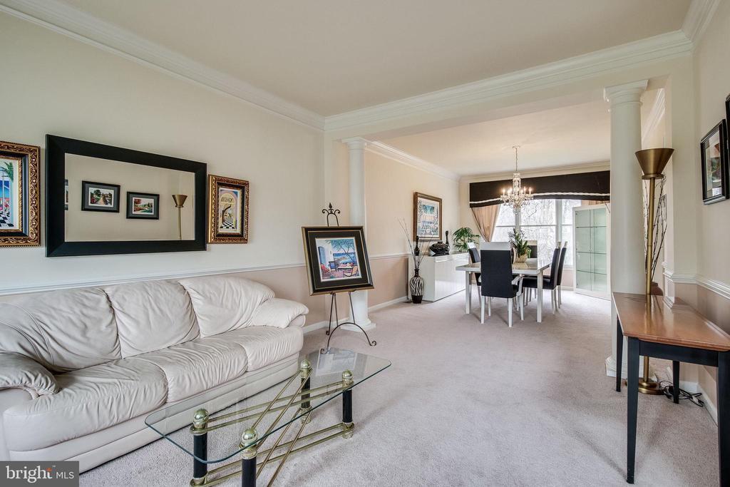 Formal living room - 13451 GRAY VALLEY CT, CENTREVILLE