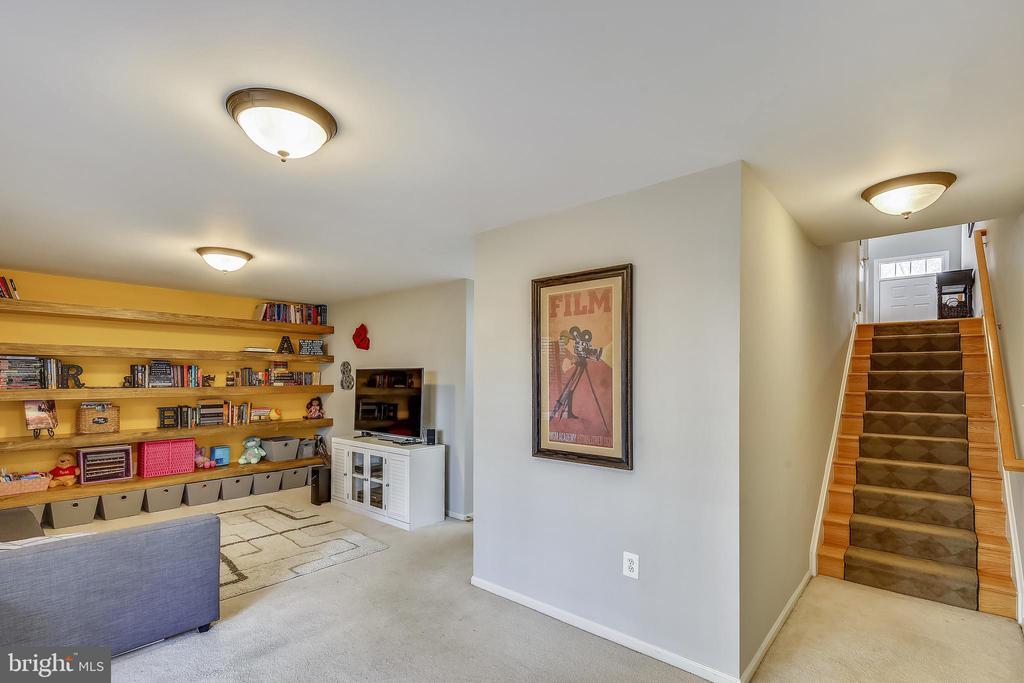 Basement Rec Room - 147 HERNDON MILL CIR, HERNDON