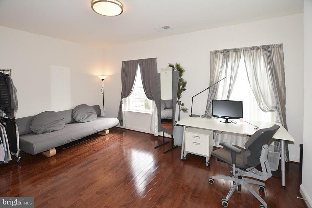Bedroom #4 - 2976 TROUSSEAU LN, OAKTON
