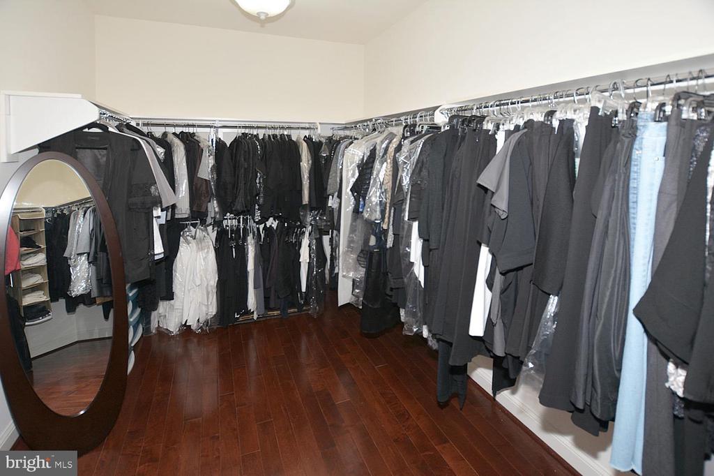 2 Walk in Closet in Master Bed Room - 2976 TROUSSEAU LN, OAKTON