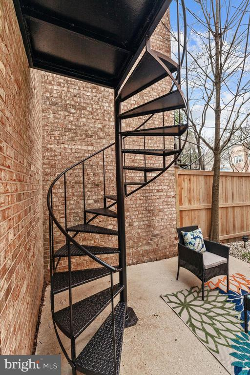 Spiral staircase from patio to 2nd level balcony! - 3747 KANAWHA ST NW, WASHINGTON