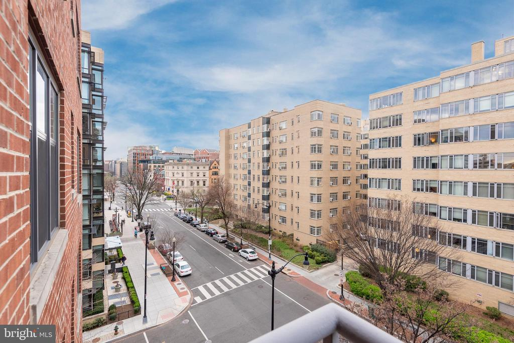 Stunning views from main balcony - 1401 17TH ST NW #604, WASHINGTON