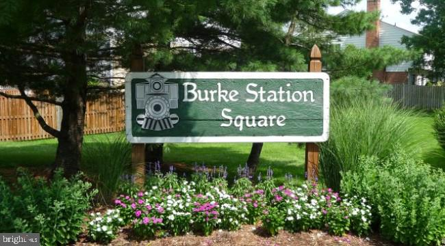 Coming Soon! 4BR, 2.5 baths, 1 car garage! - 5917 CROSSIN CT, BURKE