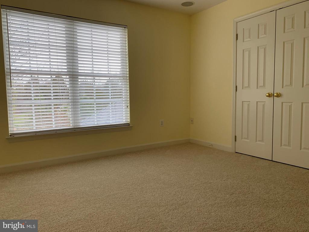 Bed Room  4 - 43292 CLARECASTLE DR, CHANTILLY