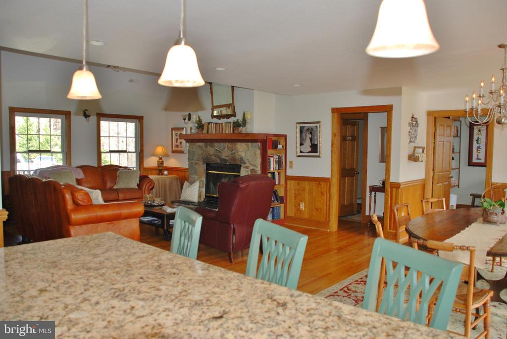 Looking from kitchen into living room - 1318 LOCUST GROVE CHURCH RD, ORANGE