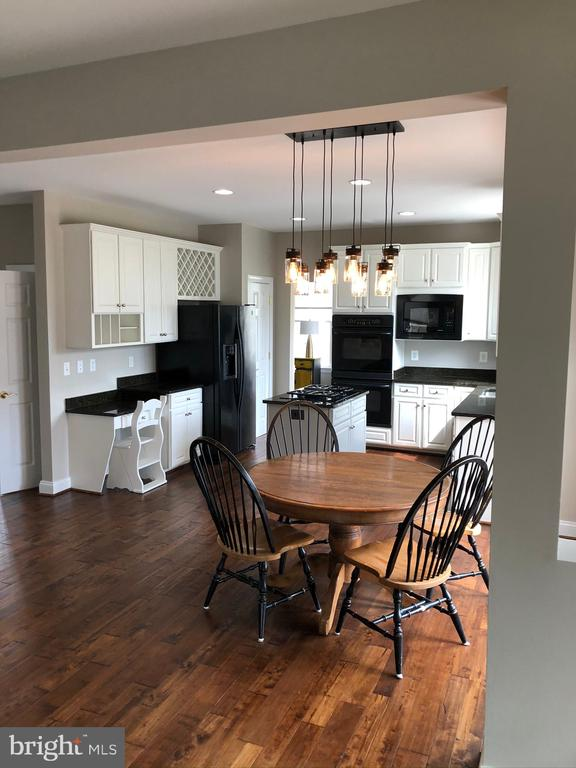 View of Kitchen from Family Room - 43773 FARMSTEAD DR, LEESBURG