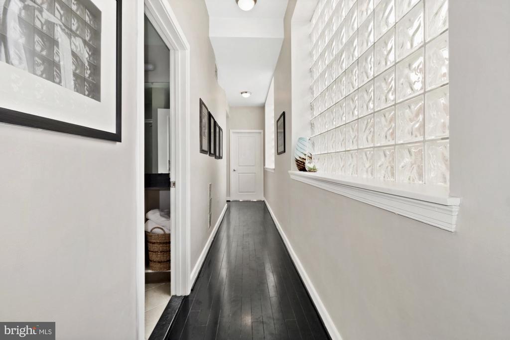 Sunlit hallway - 1117 10TH ST NW #W10, WASHINGTON