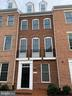 Welcome to Crescent Place! - 416 HAUPT SQ SE, LEESBURG