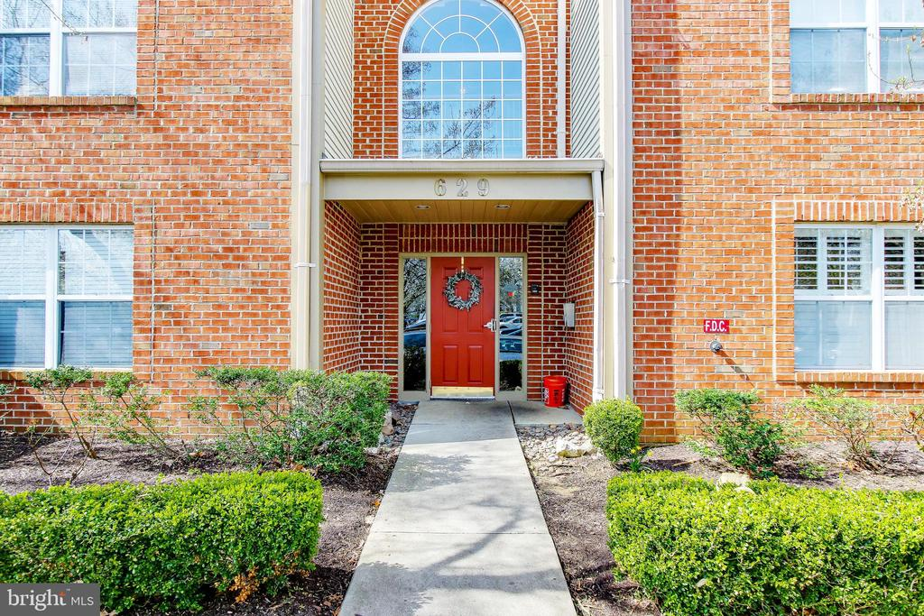 Condo with Private Balcony - 629 ADMIRAL DR #H8-305, ANNAPOLIS