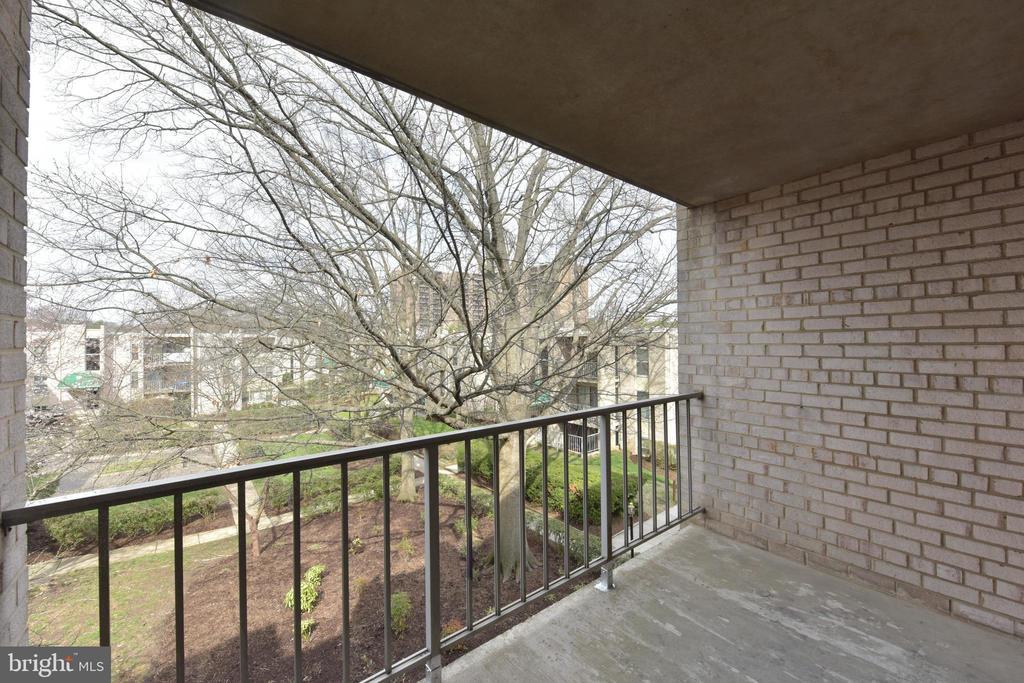 Balcony - 5201 DUKE ST #303, ALEXANDRIA