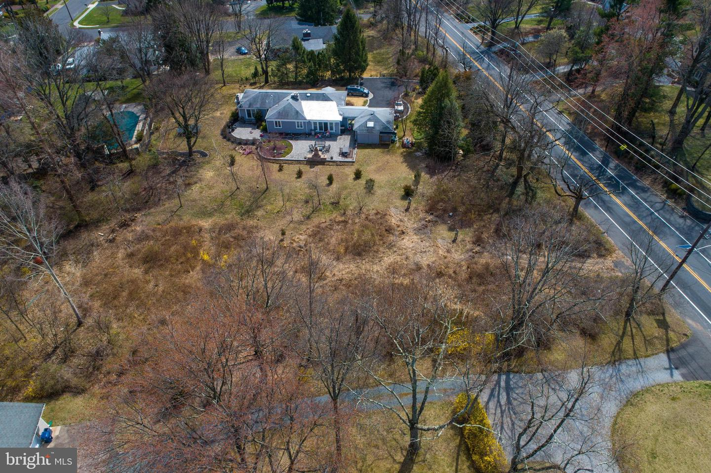 Additional photo for property listing at 92 LAWRENCEVILLE PENNINGTON Road Lawrence Township, New Jersey 08648 United States