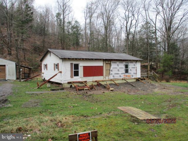 Single Family Homes για την Πώληση στο Millerstown, Πενσιλβανια 17062 Ηνωμένες Πολιτείες