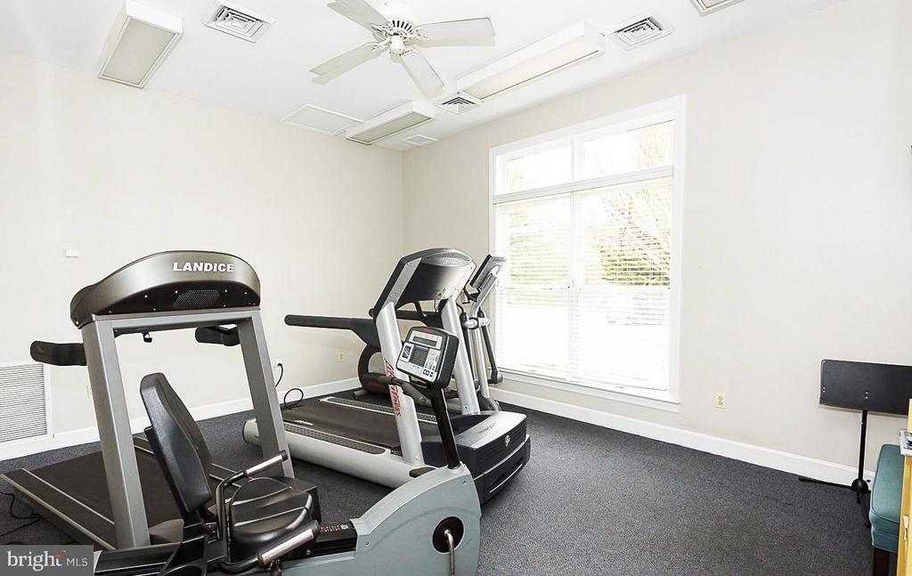 Fitness Center - 629 ADMIRAL DR #H8-305, ANNAPOLIS