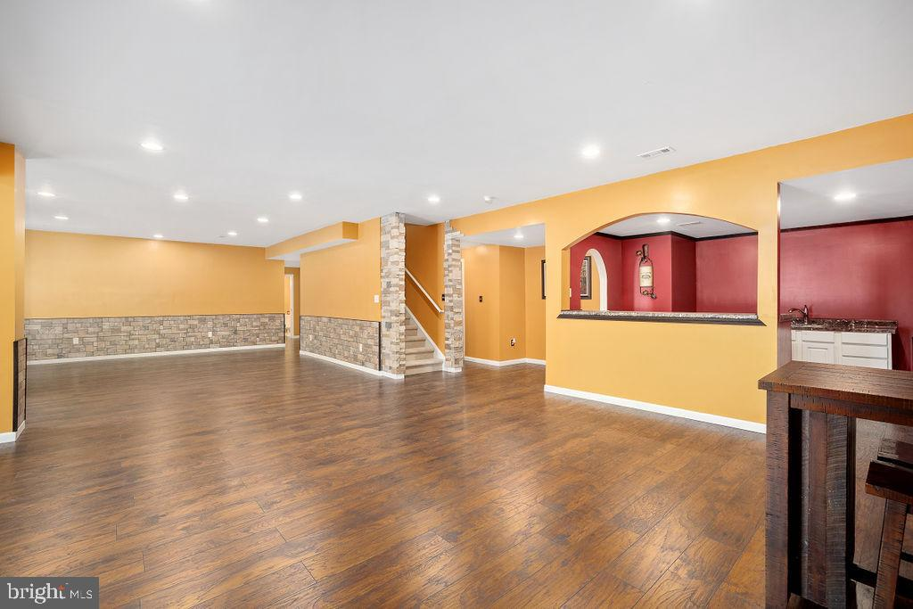 Spacious  Rec Room - 31 LIBERTY KNOLLS DR, STAFFORD