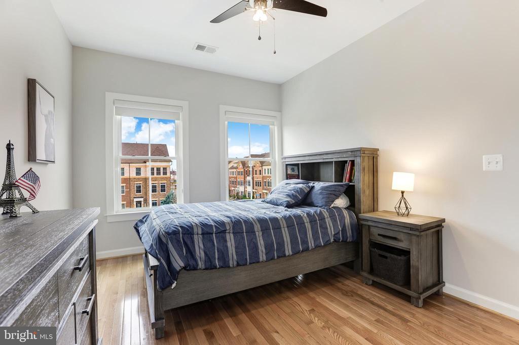 Bedroom #2 - 44715 PLYMPTON SQ, ASHBURN