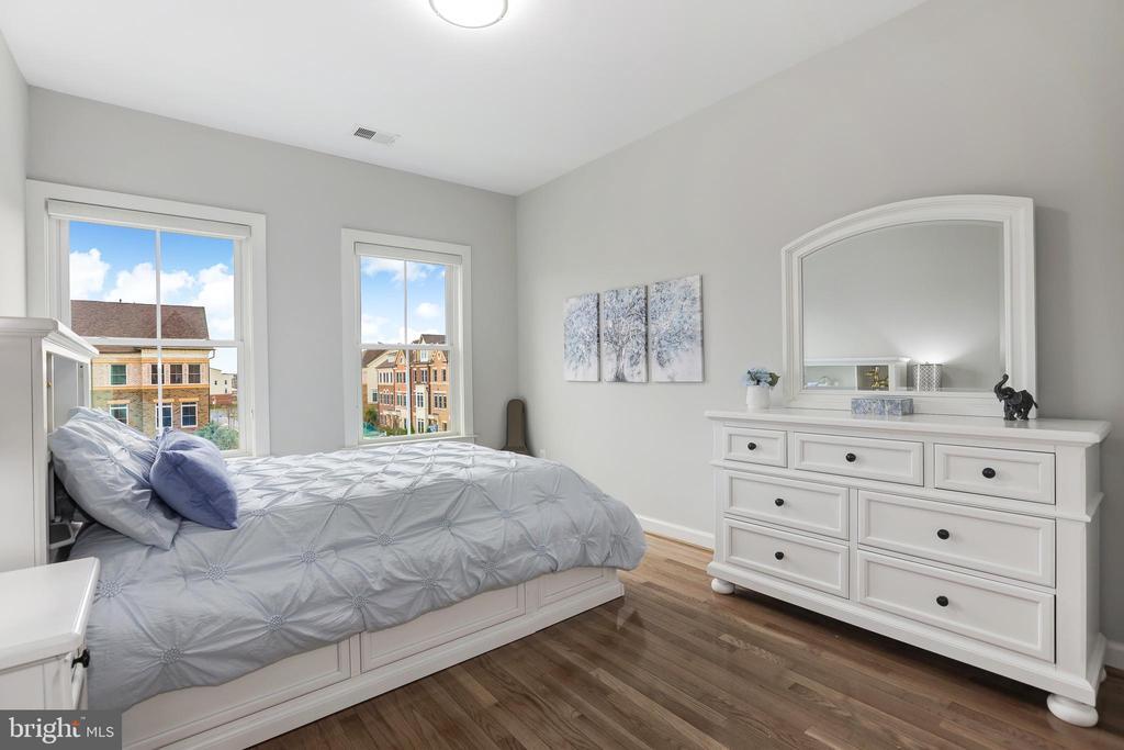 Bedroom #3 - 44715 PLYMPTON SQ, ASHBURN