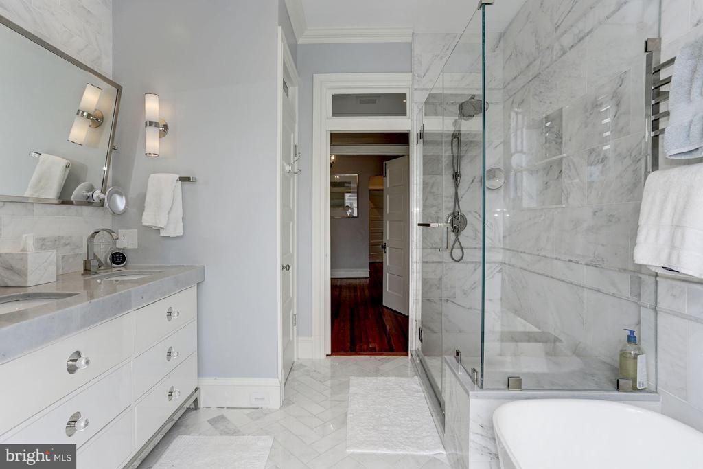 Master Bath - 3601 MACOMB ST NW, WASHINGTON