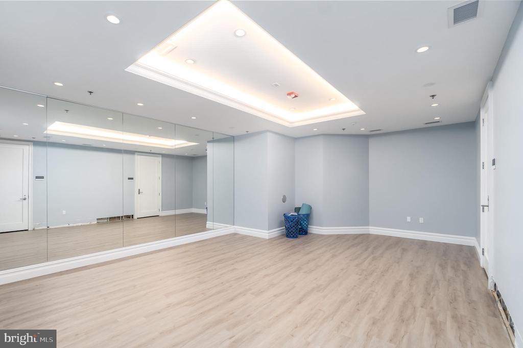 Yoga Room - 8111 RIVER RD #125, BETHESDA