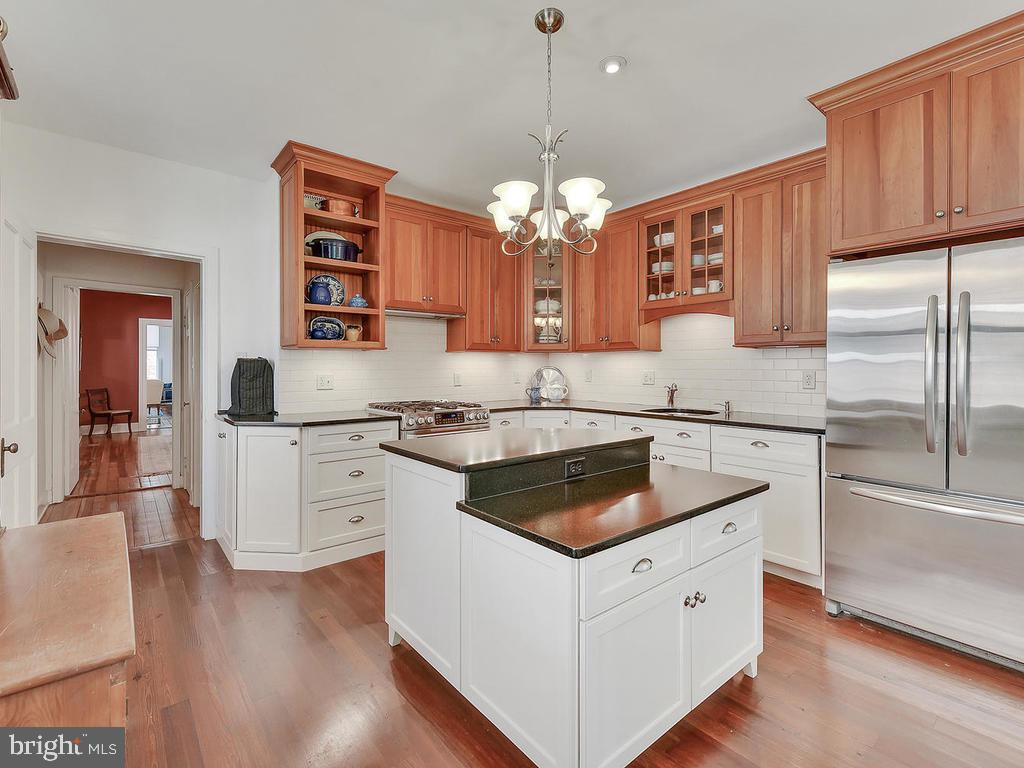 Honed granite counters! - 121 W 2ND ST, FREDERICK