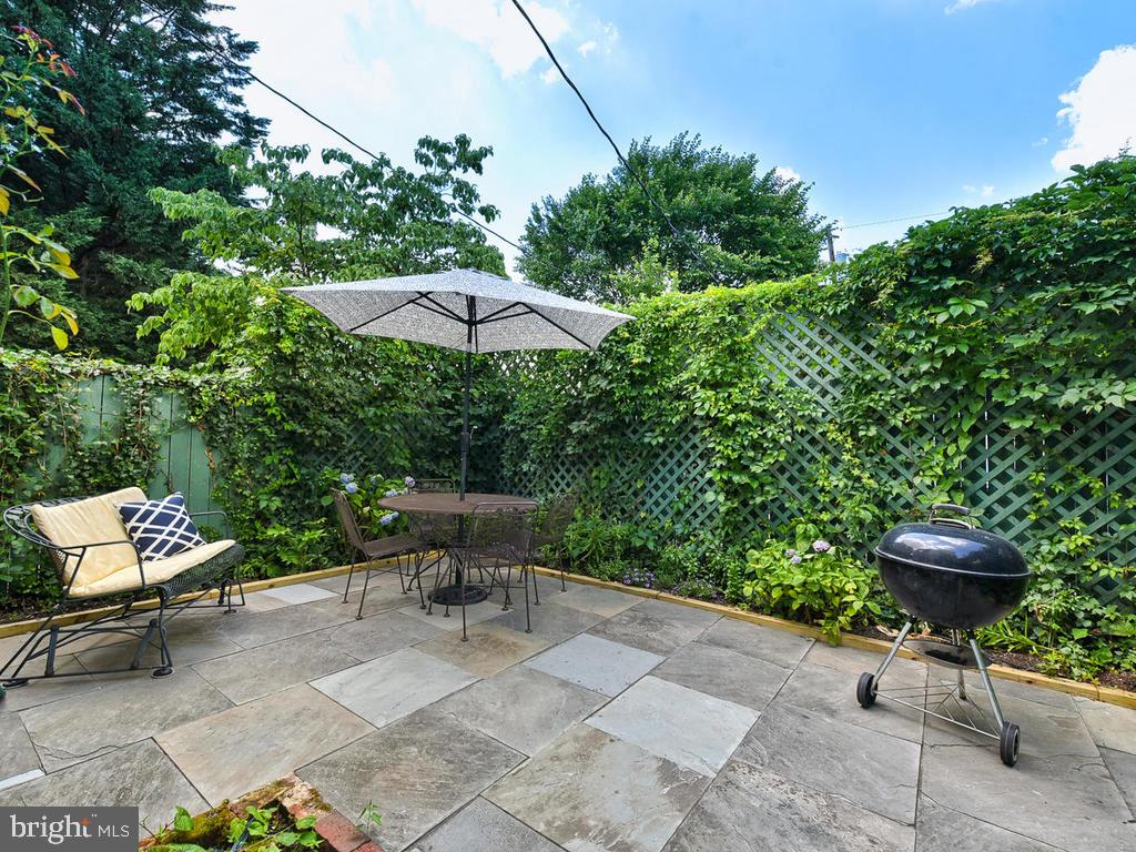 Perfect for an herb garden! - 121 W 2ND ST, FREDERICK