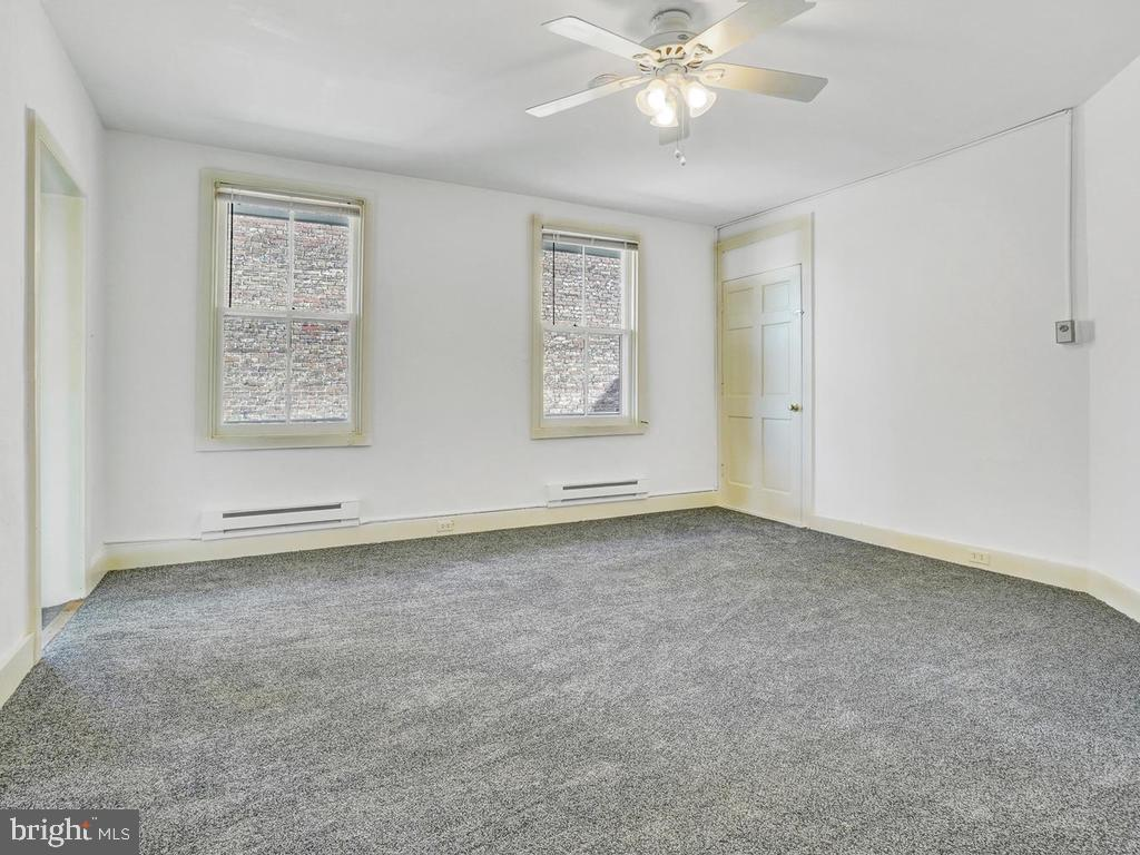 Separate entrance - 121 W 2ND ST, FREDERICK