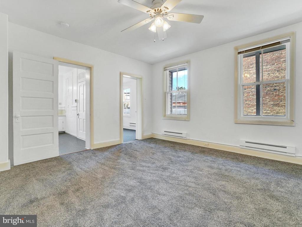 Separate heating - 121 W 2ND ST, FREDERICK