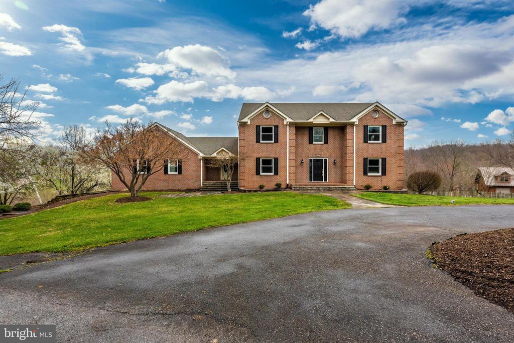 - 4917 MUSSETTER RD, IJAMSVILLE