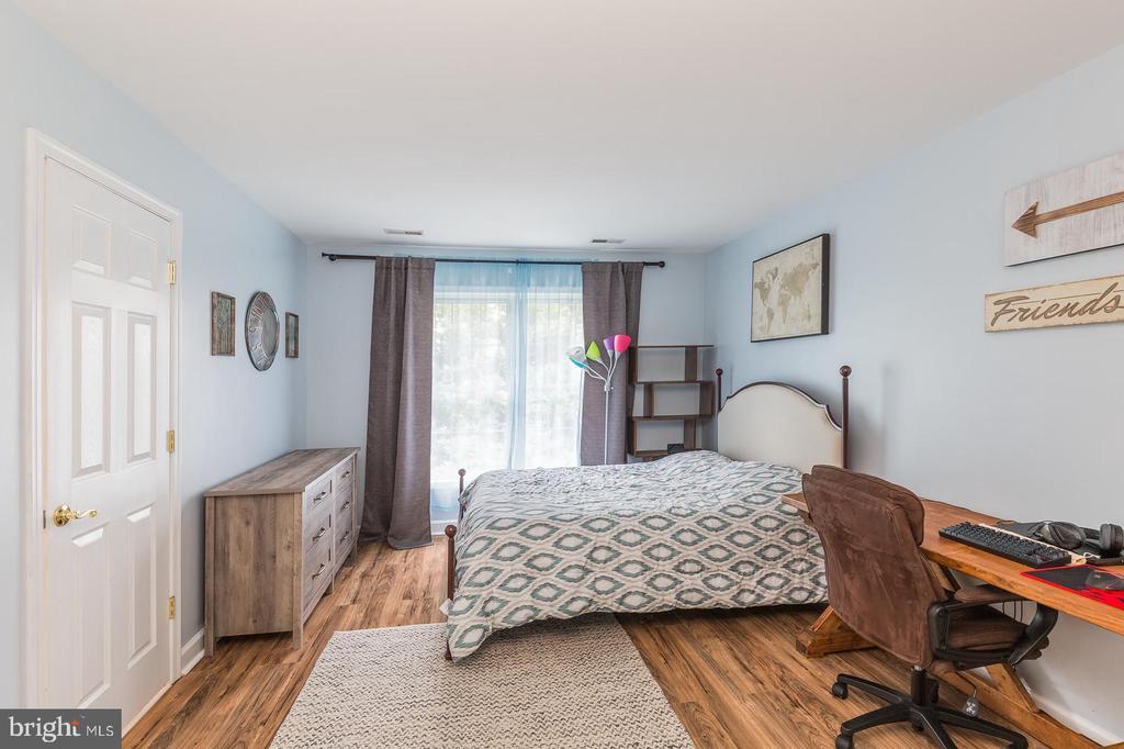Jack Bedroom of Jack & Jill suite - 20226 BROAD RUN DR, STERLING