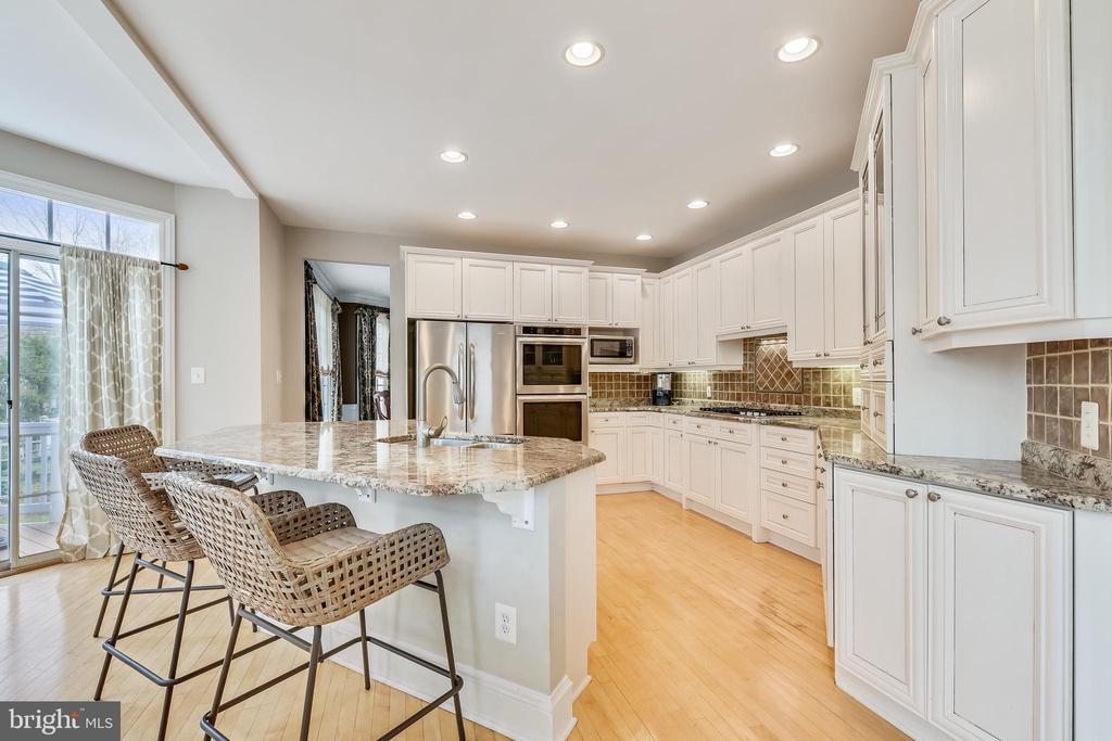 Our Kitchen had all the upgrades.... - 47774 BRAWNER PL, STERLING