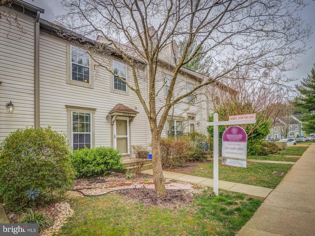 FHA Approved It Must Be Good! - 20422 SUMMERSONG LN, GERMANTOWN