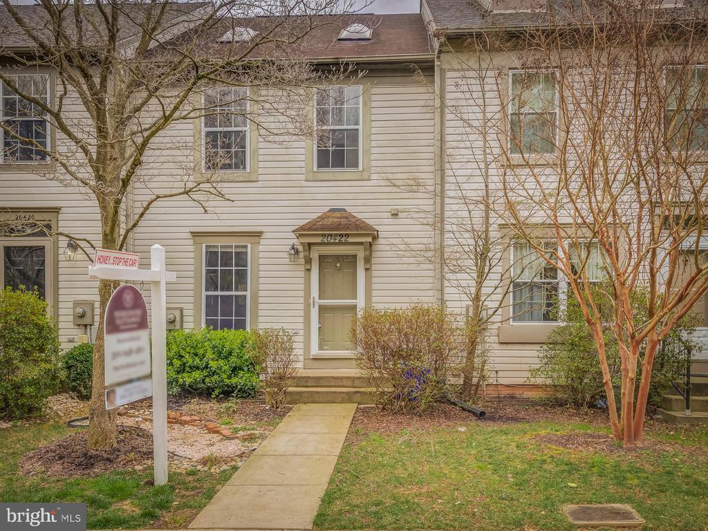 Buy Now With Confidence, It Must Be Good! - 20422 SUMMERSONG LN, GERMANTOWN