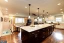 Sunny, Open Floor Plan is Perfect for Entertaining - 8902 TRANSUE DR, BETHESDA