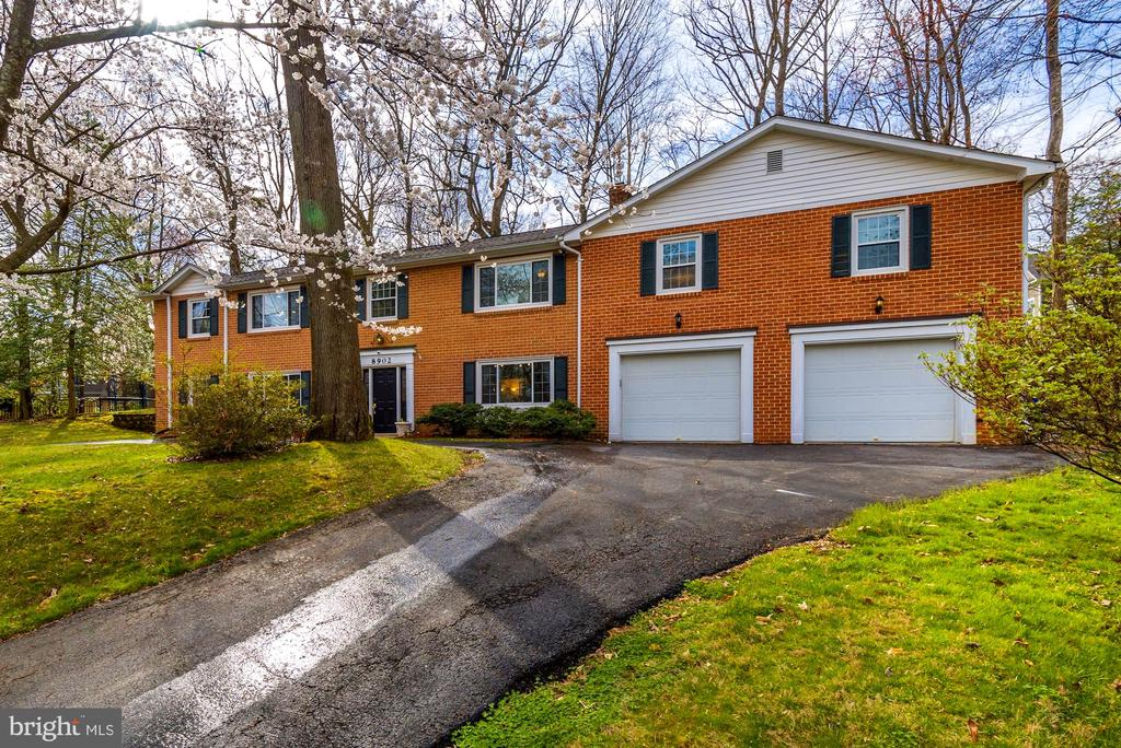 Beautiful Trees Surround This Lovely Home - 8902 TRANSUE DR, BETHESDA