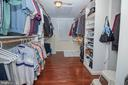 Main Level Master Bedroom Custom Walk-In Closets - 25282 KENNEBEC DR, CHANTILLY