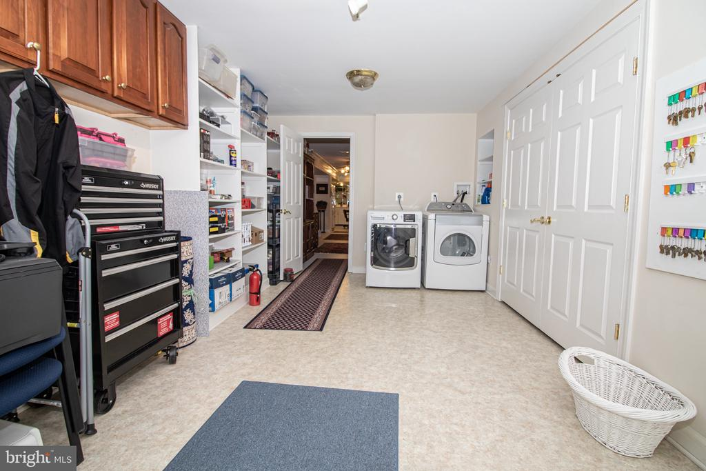 Utility/Laundry Room Could Also Be Bedroom - 25282 KENNEBEC DR, CHANTILLY