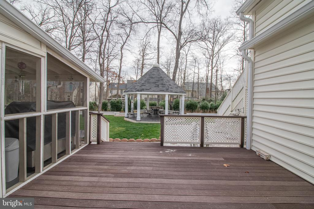 Deck off of the Gazebo and Main Level Master Suite - 25282 KENNEBEC DR, CHANTILLY