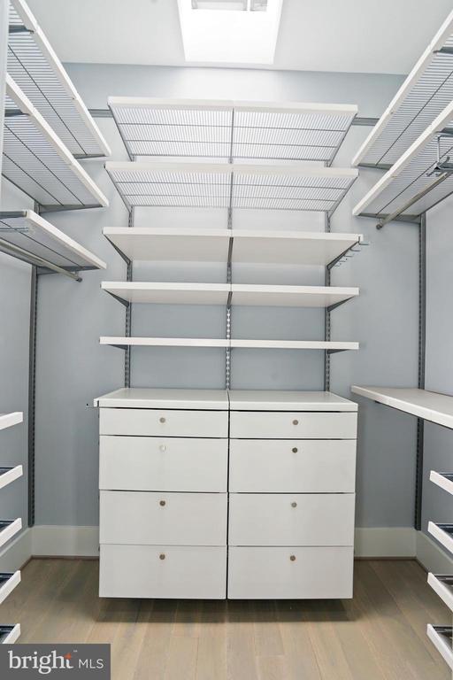 Walk in Closet - 2217 FLAGLER PL NW, WASHINGTON