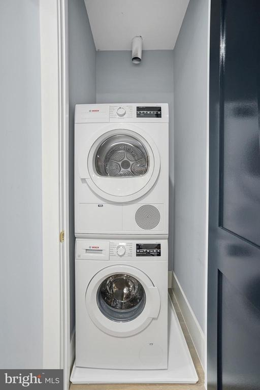Bosch Energy Efficient Washer & Dryer - 2217 FLAGLER PL NW, WASHINGTON