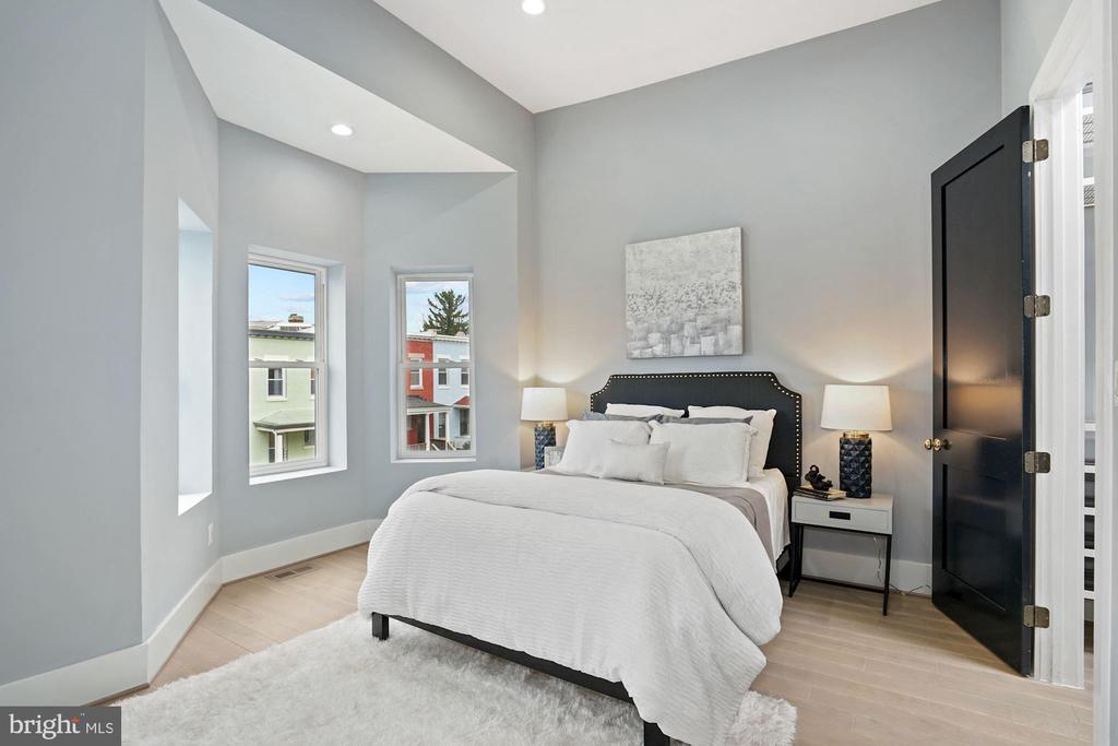 Master Bedroom - 2217 FLAGLER PL NW, WASHINGTON